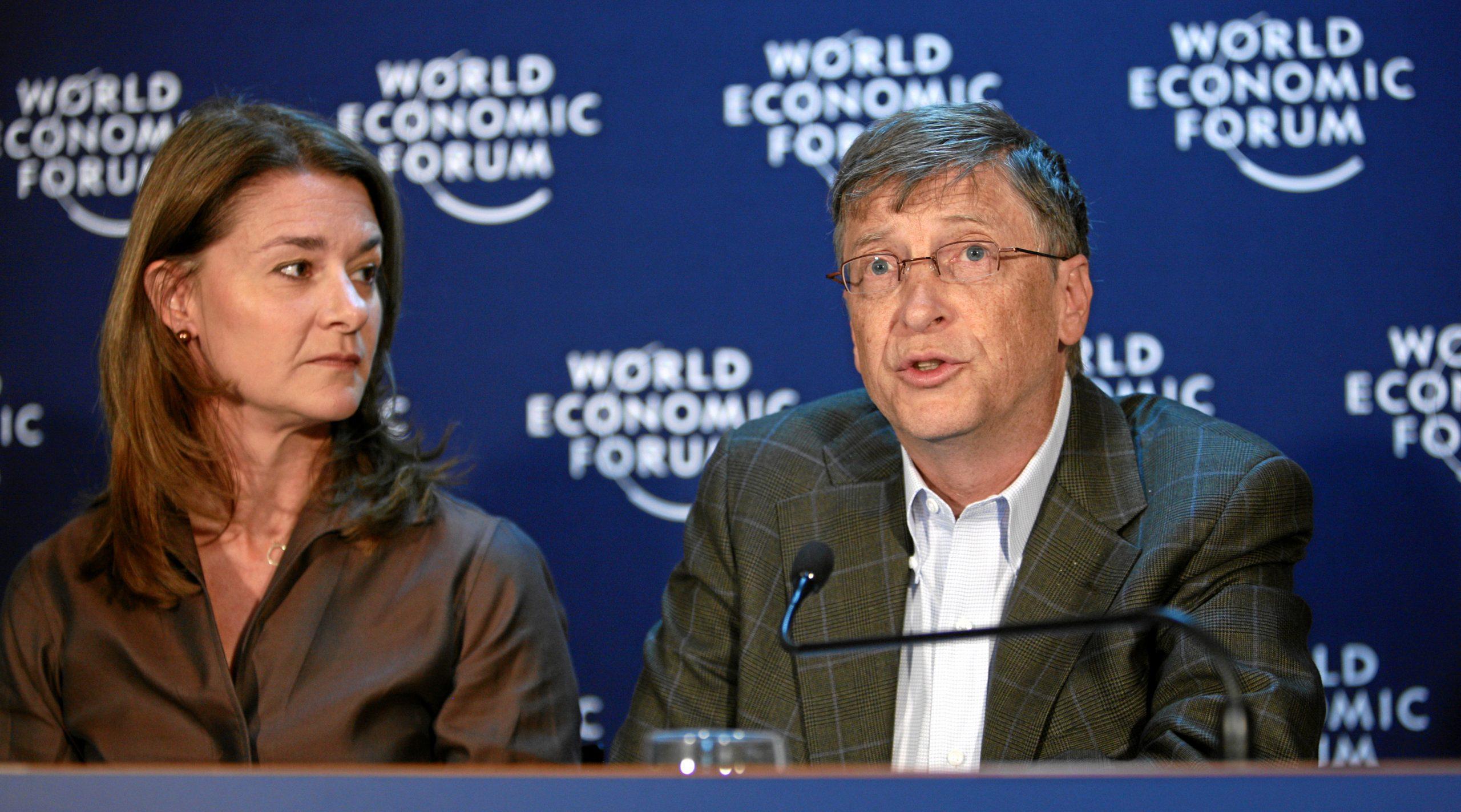 La coppia Gates che parla al World Economics Forum